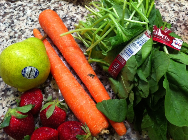 Carrot, Strawberry, Spinach, Pear Juice